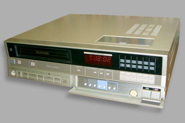 Betamax model VTC-M10